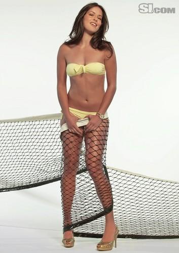 Ana-Ivanovic-2010-Issue-swimsuit-si-33743725-353-500