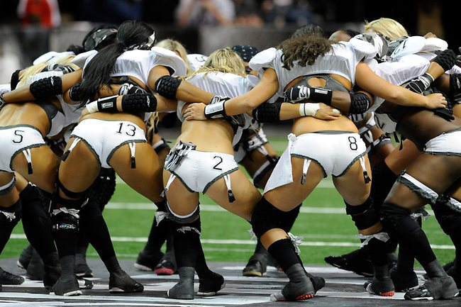 852257-lingerie-football-league
