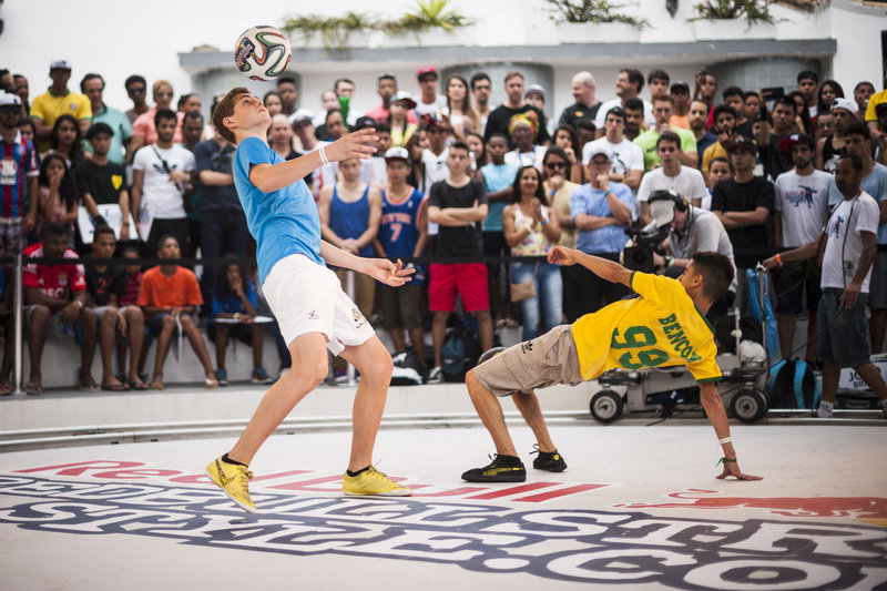norway-s-erlend-fagerli-performs-at-red-bull-street-style-2014-in-salvador-brazil