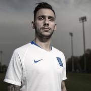 Η Nike παρουσιάζει τη νέα εμφάνιση της Ελληνικής Εθνικής Ομάδας ... 6592192150f