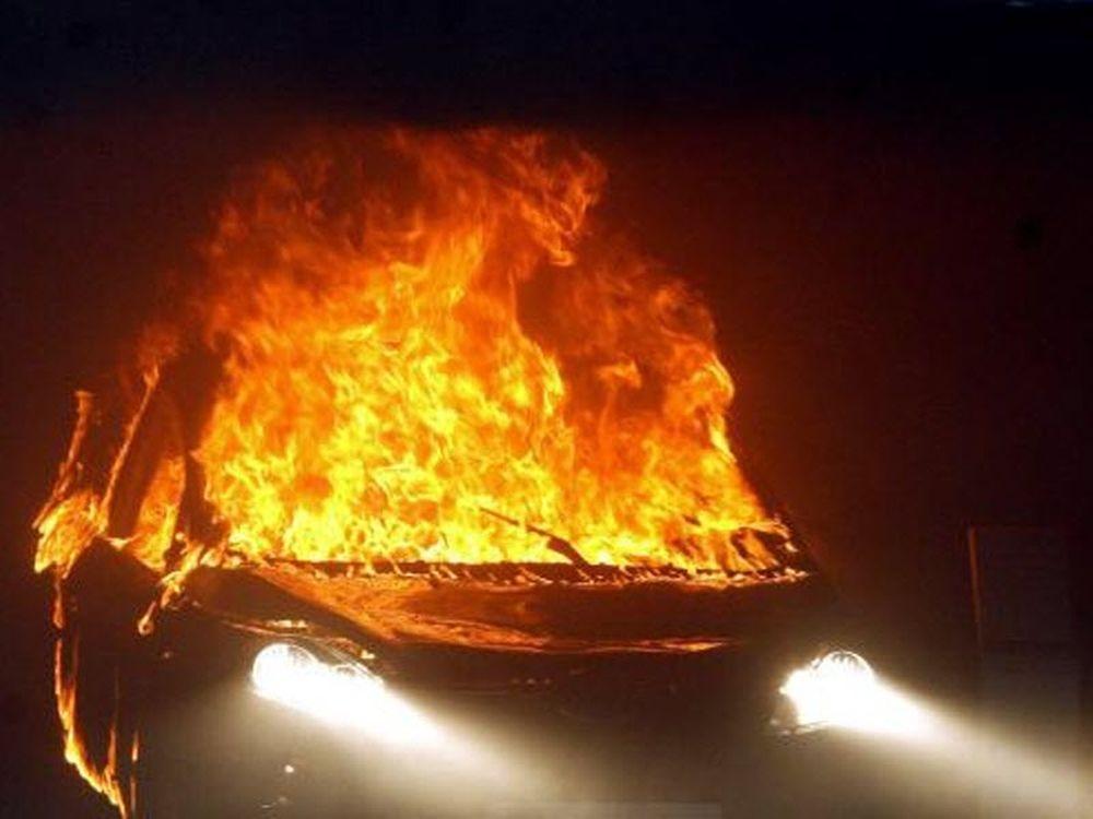 Εκρηξη στο δημαρχείο Καβάλας