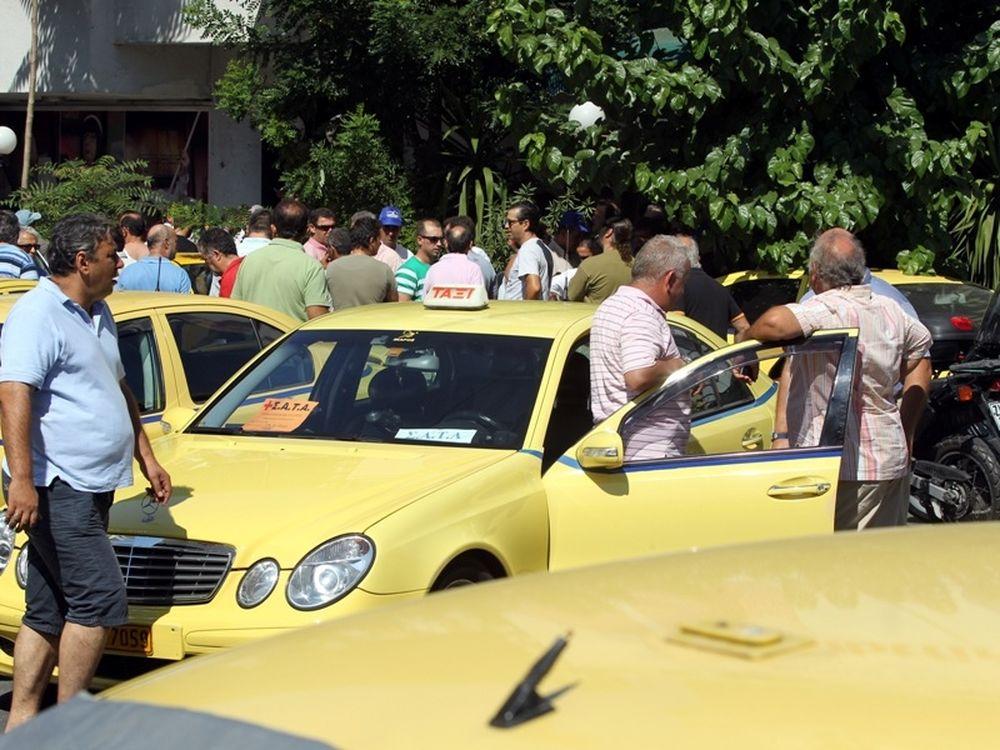 «Μπλόκο» στην Επίδαυρο από ταξί!