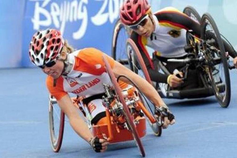 Παρολυμπιονίκης περπάτησε μετά από ατύχημα