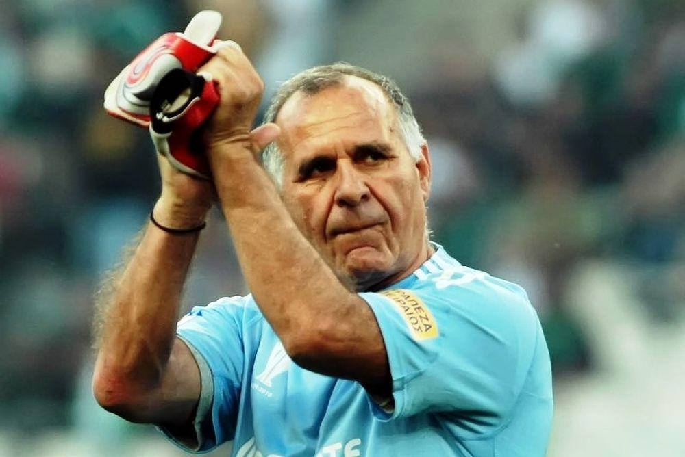 Κωνσταντίνου: «Ο Ολυμπιακός φωνάζει γιατί είναι στο -5»