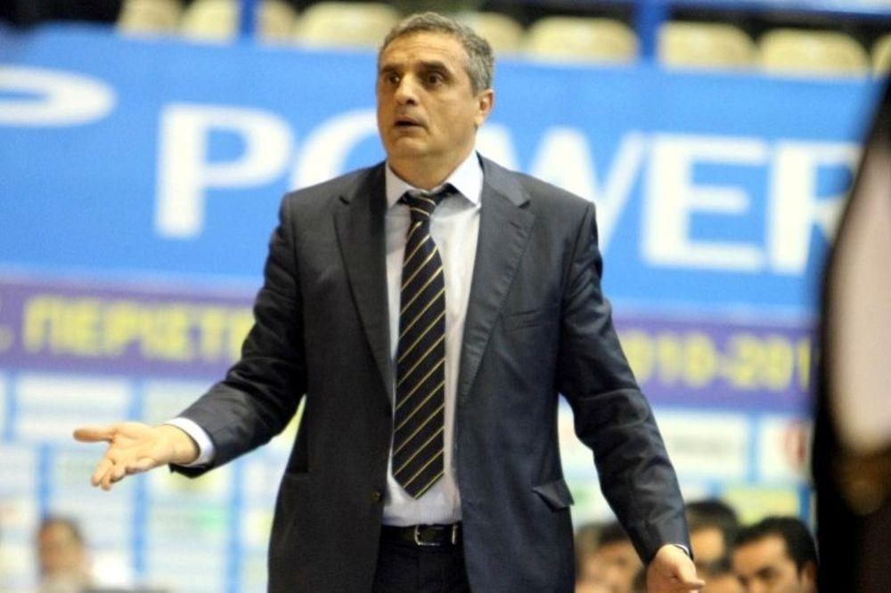 Πεδουλάκης: «Θέλει παίκτες ο Ολυμπιακός»