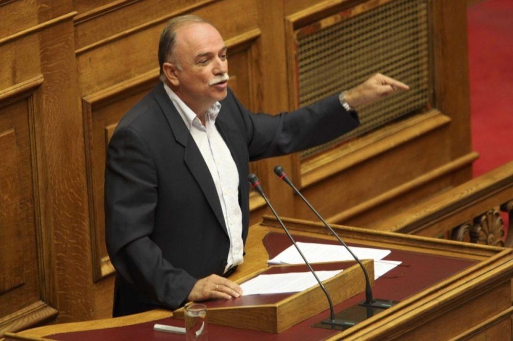 Ερώτηση στη Βουλή για Φάκο, Αντωνακάκη