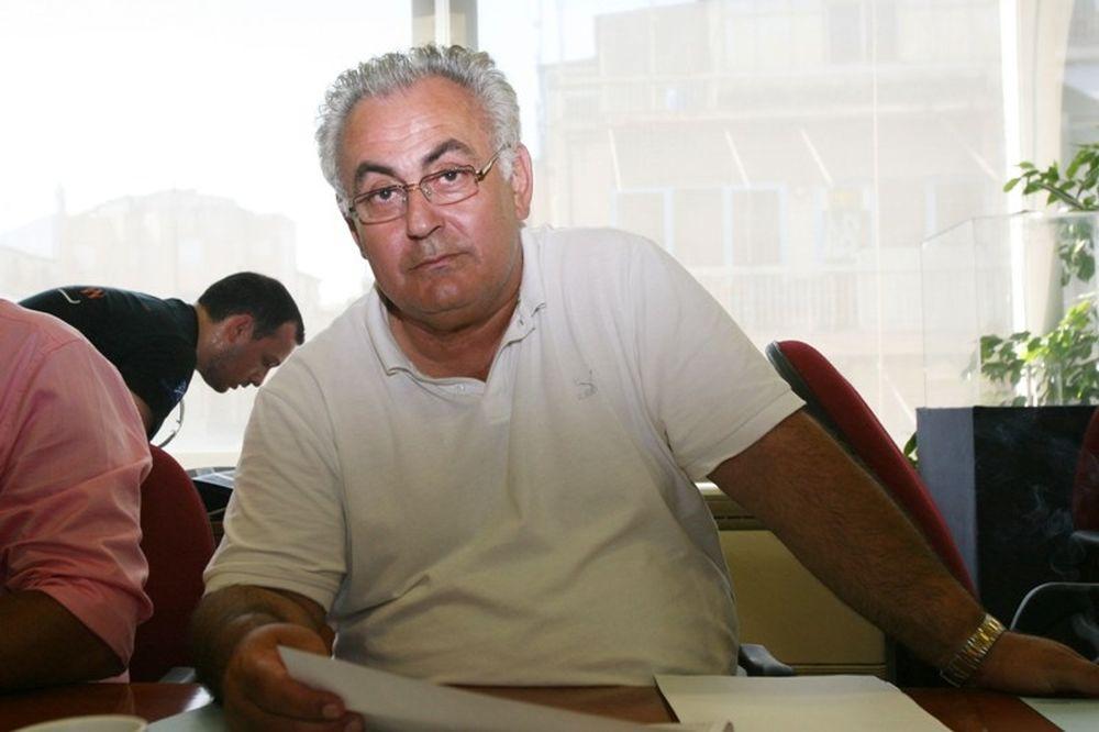 Παπαδόπουλος: «Απαράδεκτος διαιτητής»