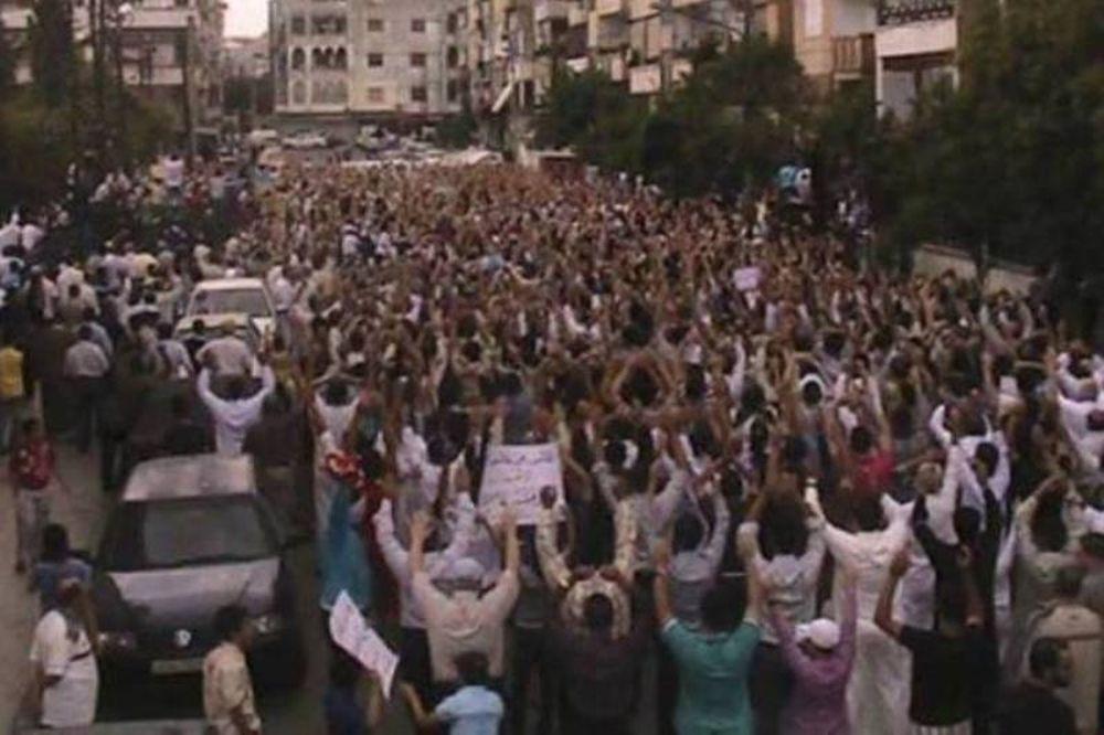 Εννέα νεκροί από πυρά του καθεστώτος στη Συρία