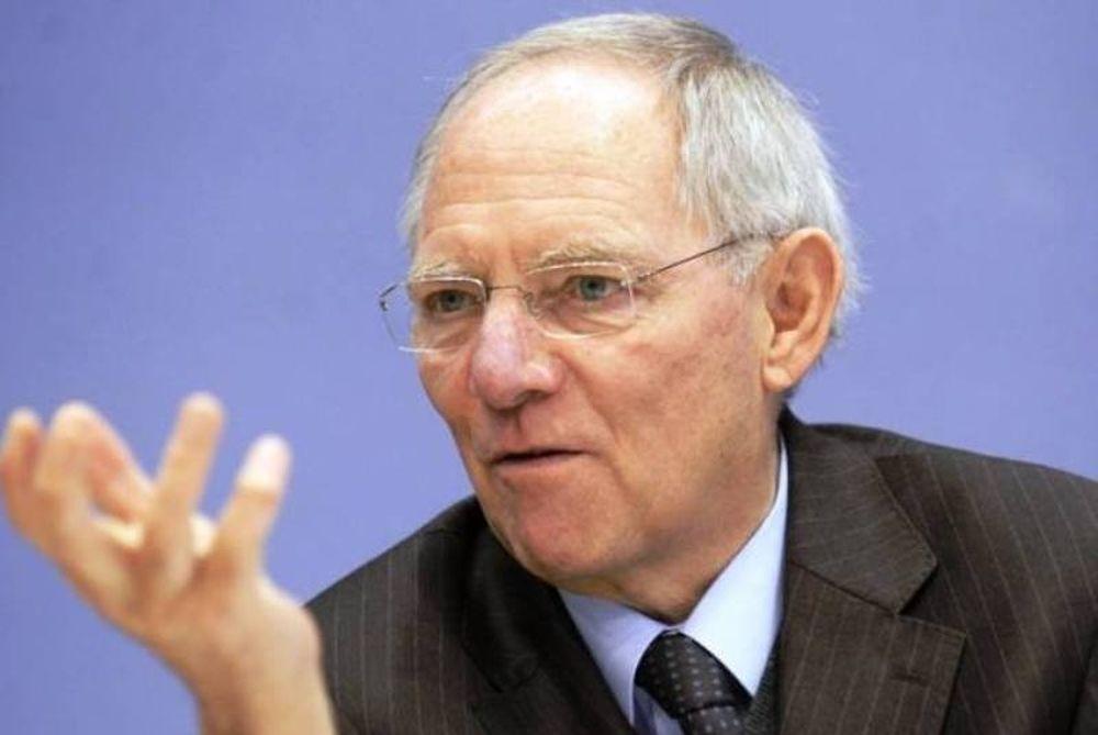 Σόιμπλε: «Η πόρτα παραμένει ανοικτή για τη Βρετανία»