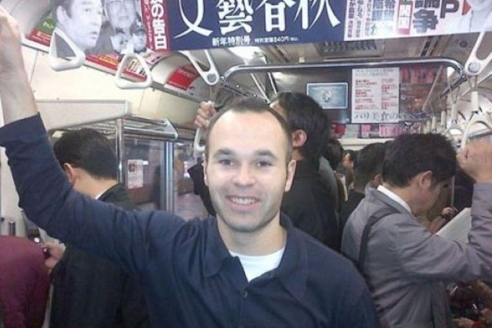 Ο Ινιέστα στο μετρό του Τόκιο!