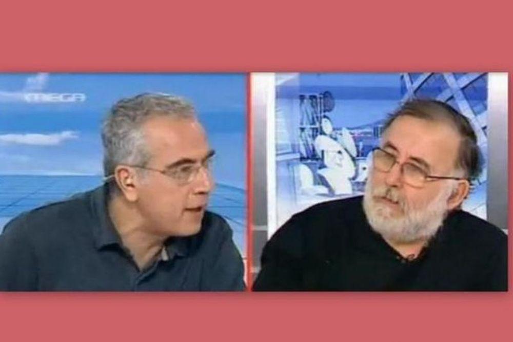 Δημοσιογράφος και συνθέτης στα… μαχαίρια (video)