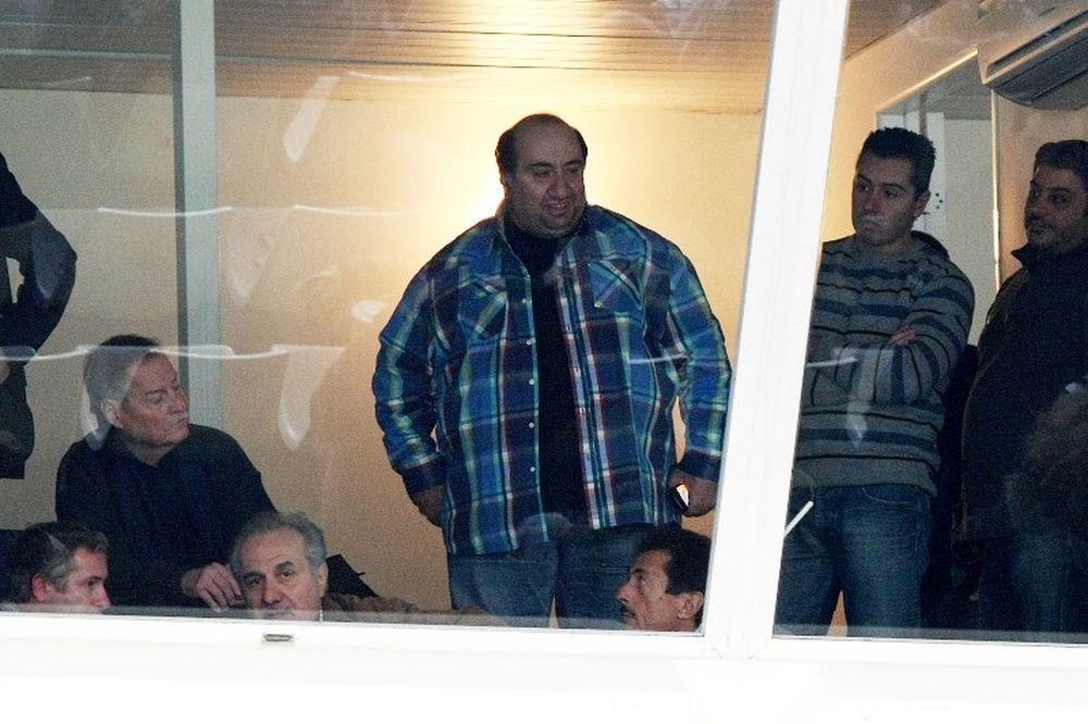 Τσάκας: «Καμία συνάντηση με αξιωματούχους της Πρεσβείας»