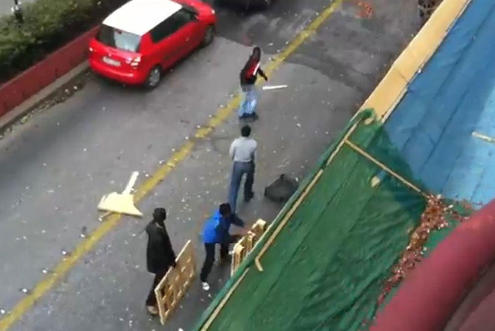 Αστυνομικοί δέχονται επίθεση από λαθρομετανάστες (video)