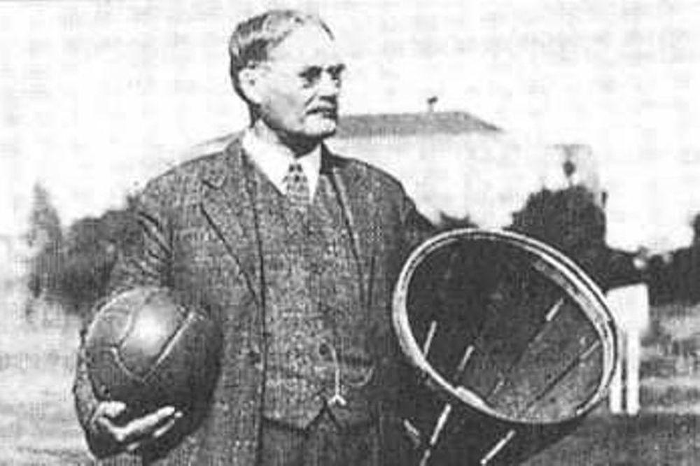 «Στα όρια της απαξίωσης το μπάσκετ»