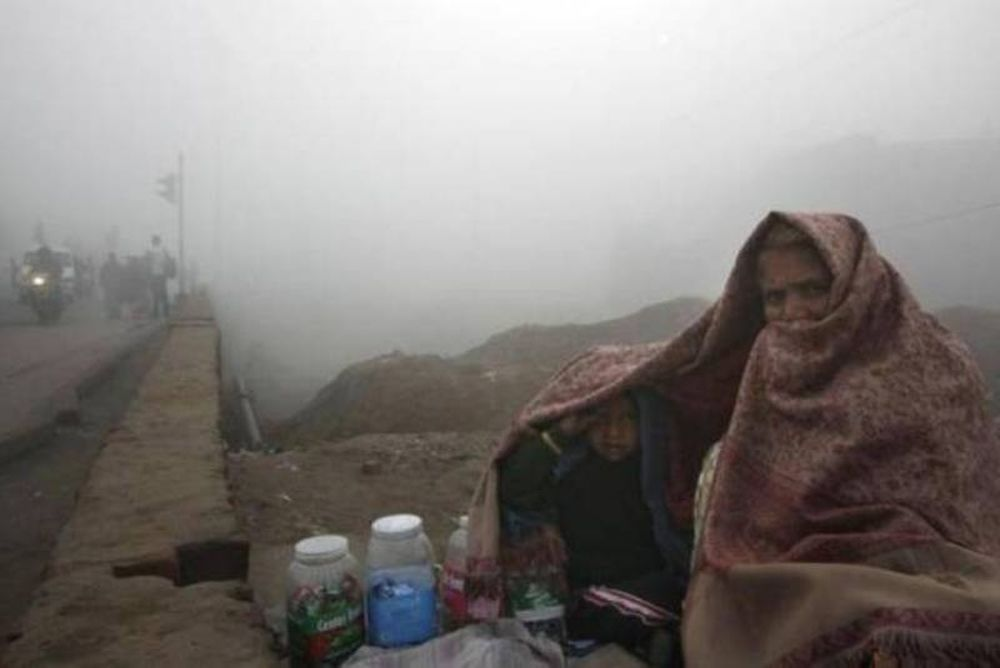 Δεκάδες νεκροί από την κακοκαιρία στην Ινδία