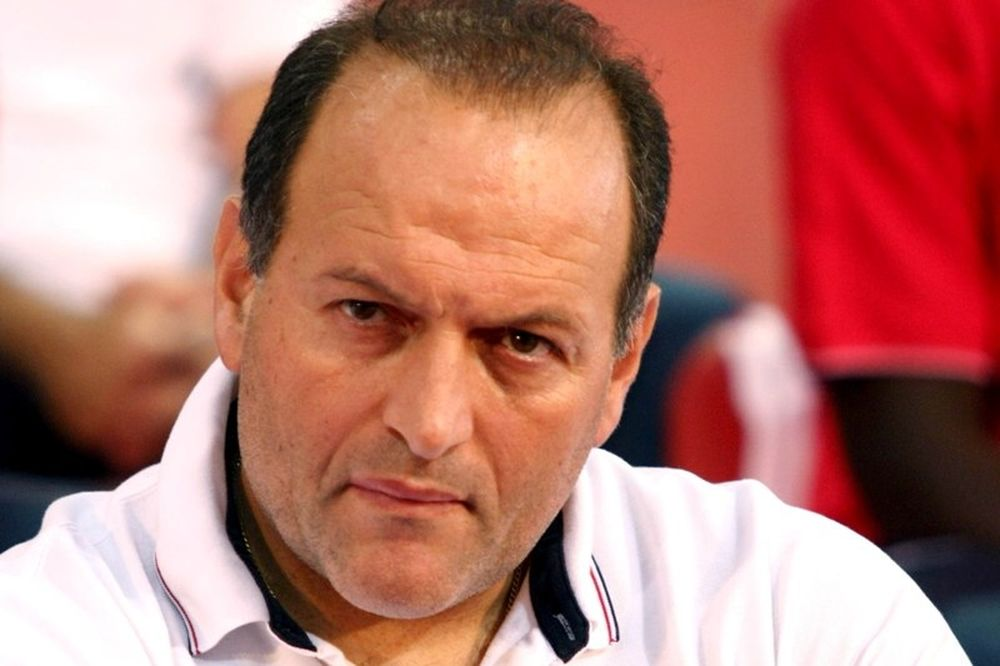 Μανουσέλης: «Φαβορί ο Παναθηναϊκός, πολυτέλεια για Ολυμπιακό»