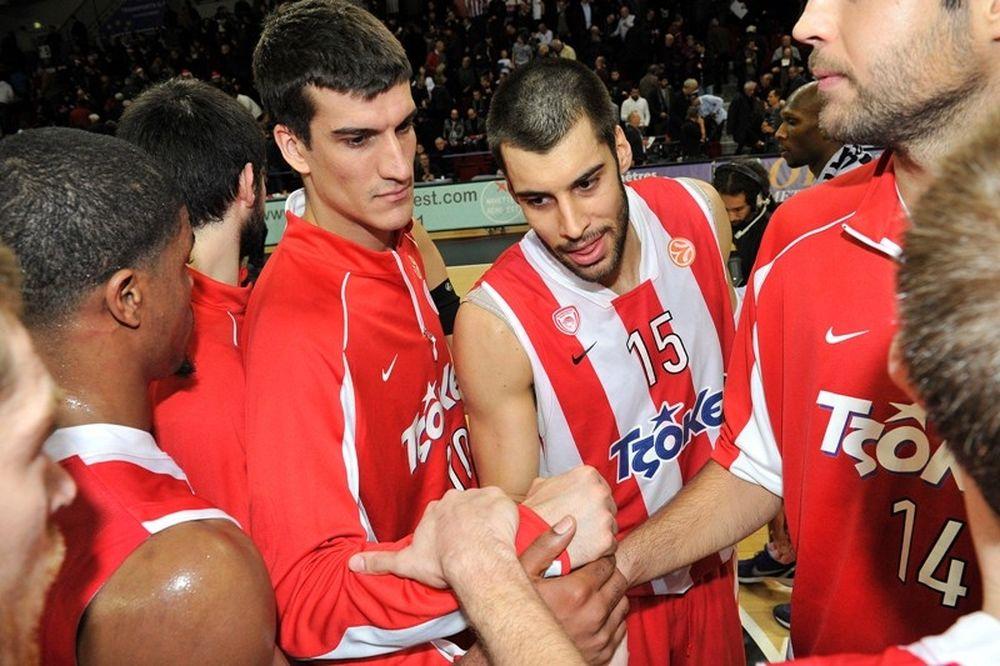 Αποχαιρέτησε με νίκη το 2011 ο Ολυμπιακός