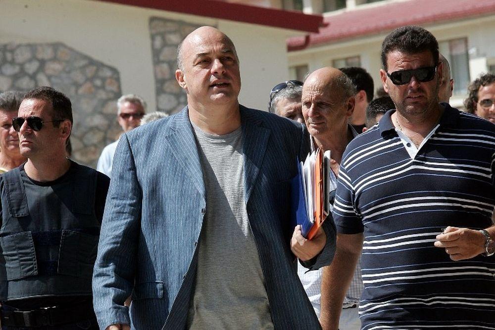 Μυλωνόπουλος στο Onsports: «Νομικώς πρέπει να αποφυλακιστεί»