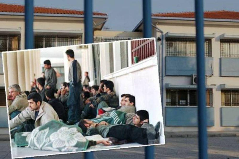 Κλείνει σχολείο για να φιλοξενήσει λαθρομετανάστες
