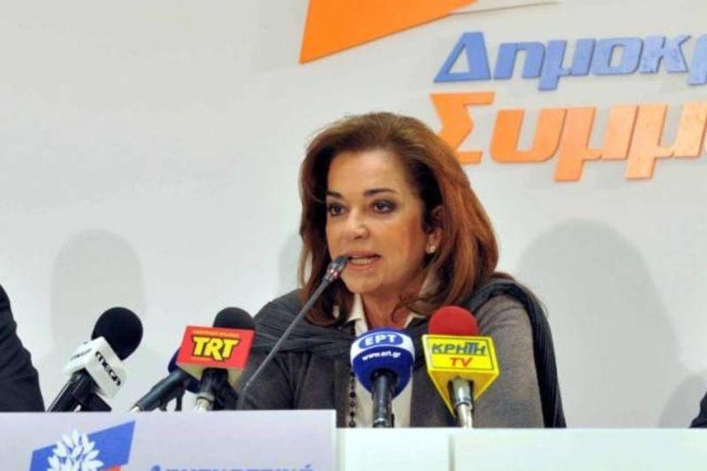 Μπακογιάννη: Θέλουν την Ελλάδα έξω από το ευρώ
