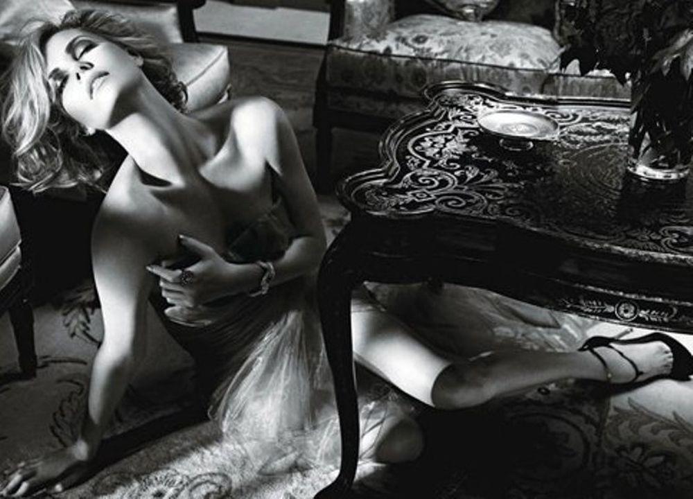 Η Σερλίζ Θερόν πιο σέξι από ποτέ