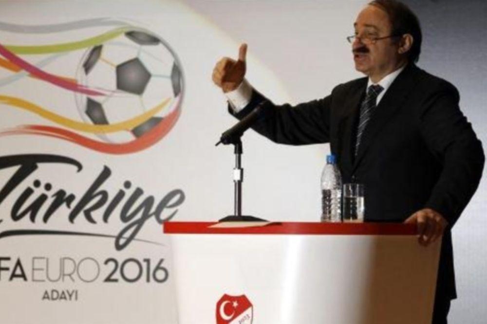 Διαψεύδει η UEFA για EURO 2020 στην Τουρκία