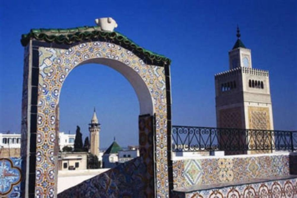 Προσεύχονται μαζί Τυνησία και Μαρόκο