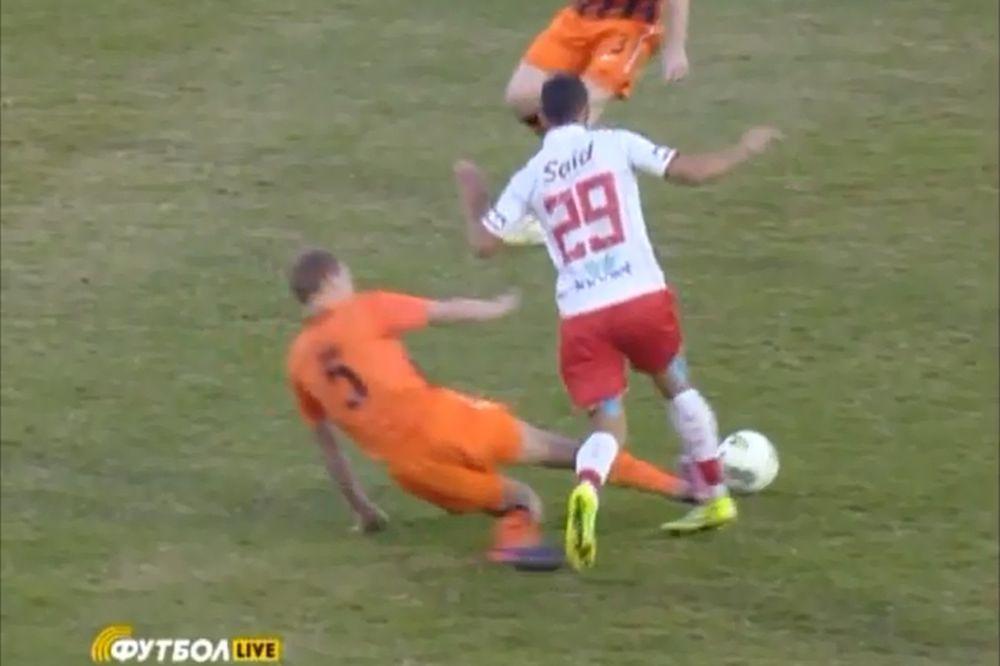 Θα του έσπαγε το πόδι! (video)
