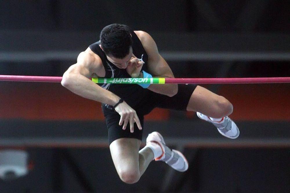 Πέντε Έλληνες αθλητές στο εξωτερικό