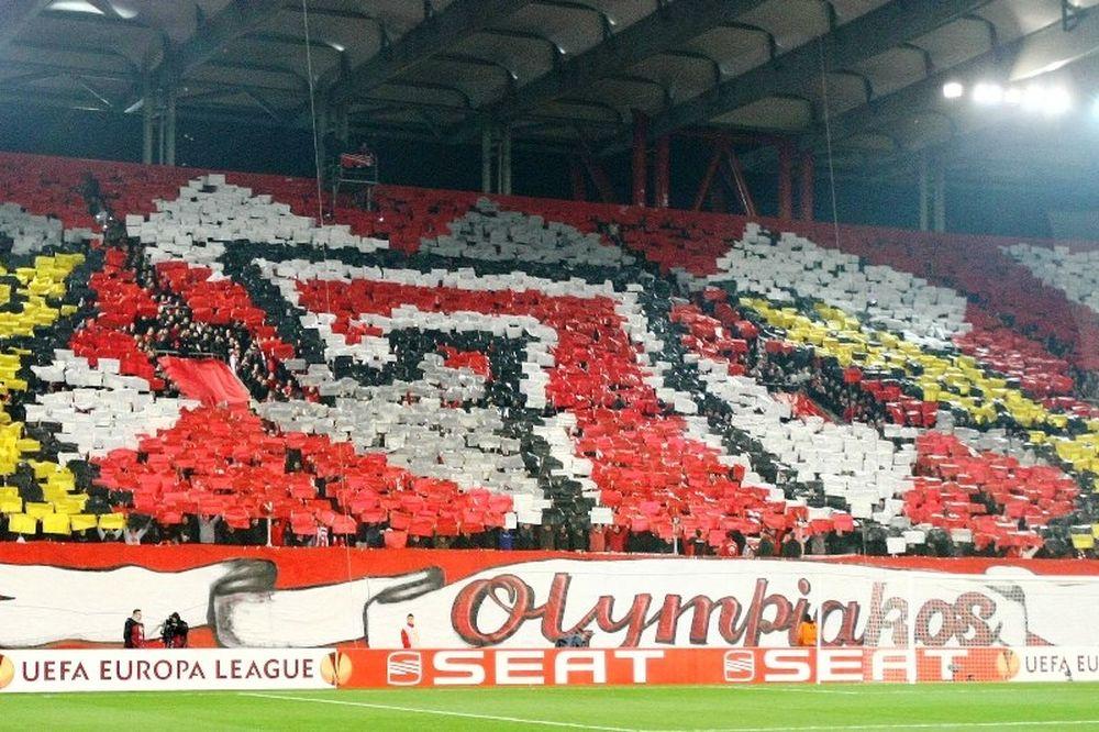 «Κρατάμε τη σημαία του ελληνικού ποδοσφαίρου ψηλά»