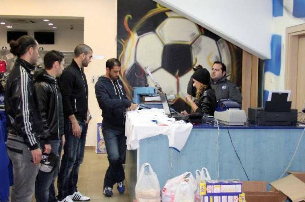 Οι ποδοσφαιριστές της Ανόρθωσης στηρίζουν την Ελλάδα