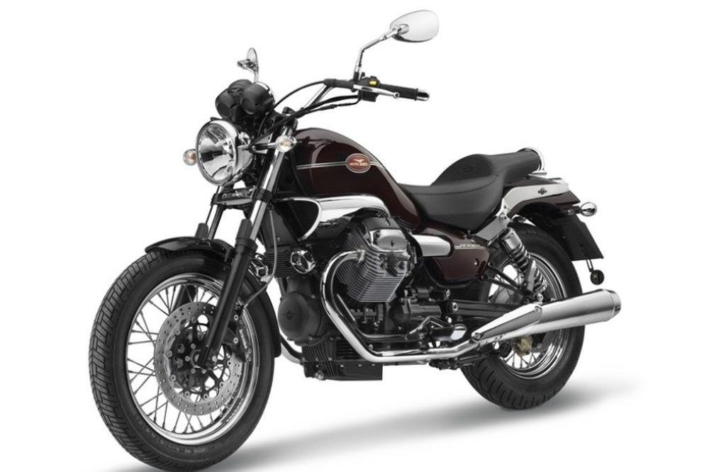 Νέες προσφορές Moto Guzzi για V7 και Nevada