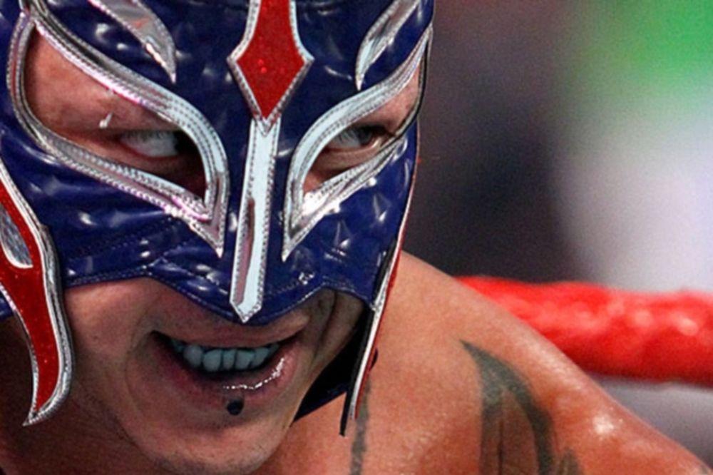 Χάνουν WrestleMania οι Mysterio και Barrett