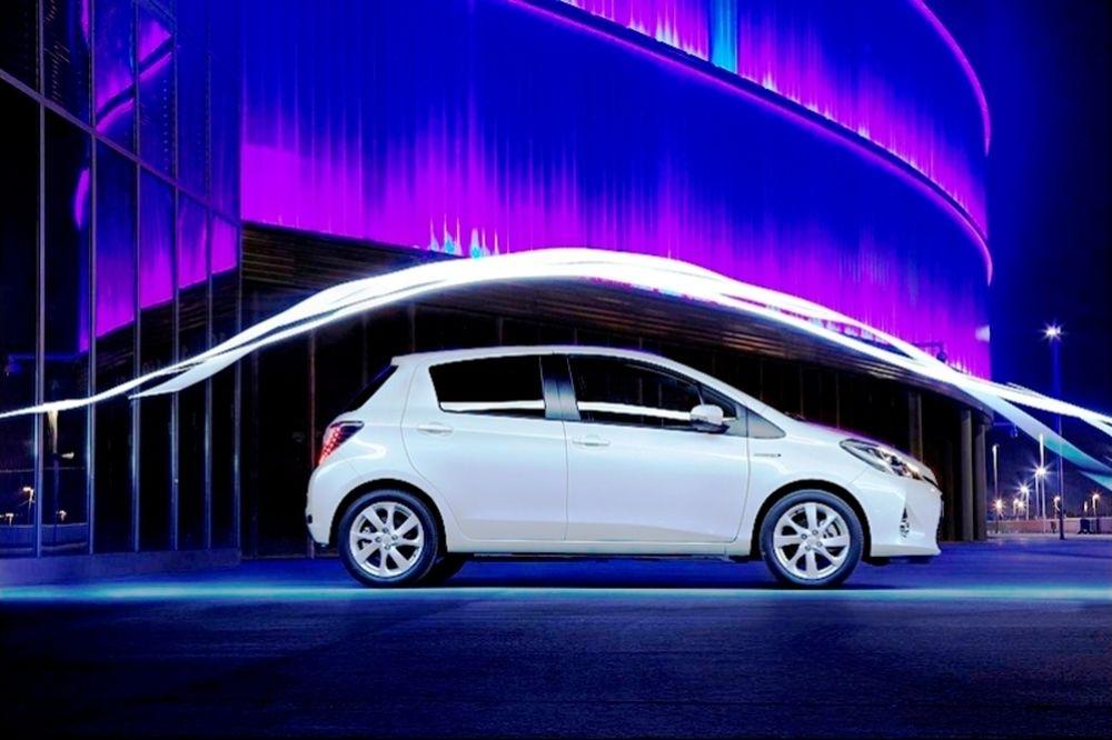 Τα υβριδικά Toyota και Lexus ξεπέρασαν τα 4 εκατομμύρια
