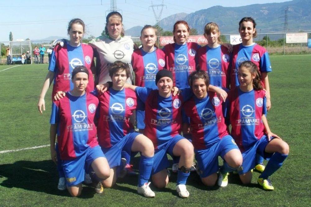 Συγχαρητήρια της γυναικείας ομάδας ποδοσφαίρου στον Αίολο