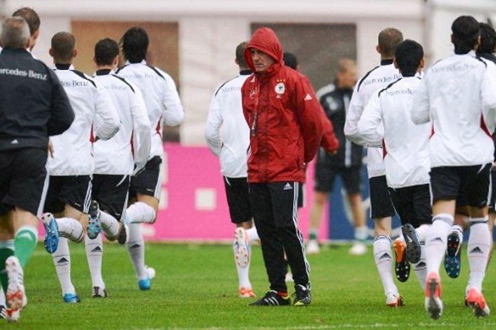 Euro 2012: Με το βλέμμα στους νεαρούς ο Λεβ