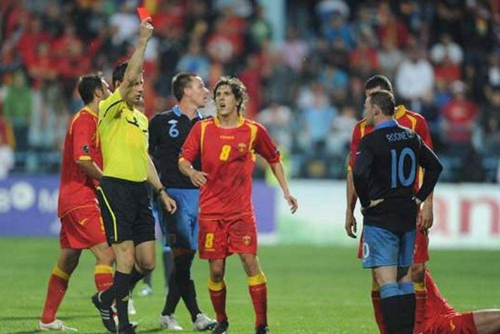 Euro 2012: Ρούνεϊ: «Χαζομάρα η κόκκινη με το Μαυροβούνιο»