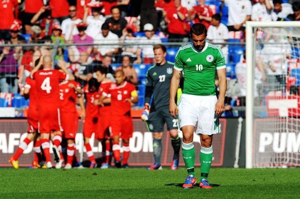 Euro 2012: Απογοήτευσε η Γερμανία δεχόμενη πέντε τέρματα! (video+photos)