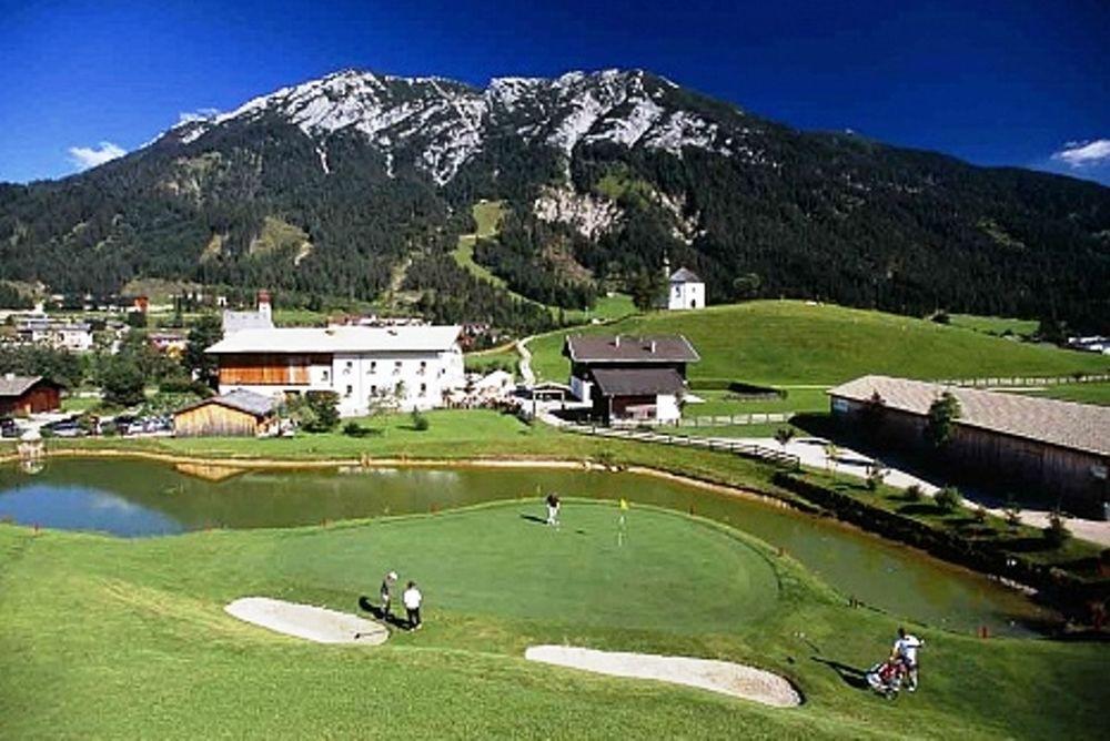 Μία μέρα νωρίτερα στην Αυστρία ο Ολυμπιακός