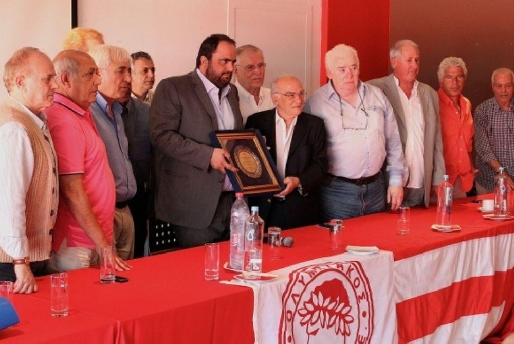 Μαρινάκης: «Ακόμα πιο δυνατή ομάδα του χρόνου»