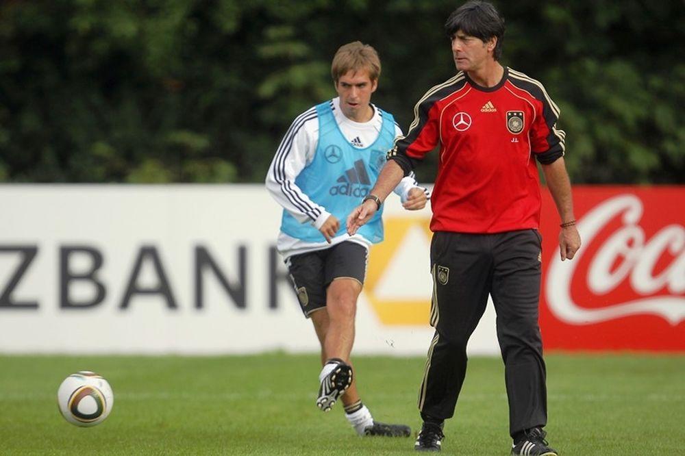 Euro 2012: Γερμανία: Στα αριστερά ο Λαμ