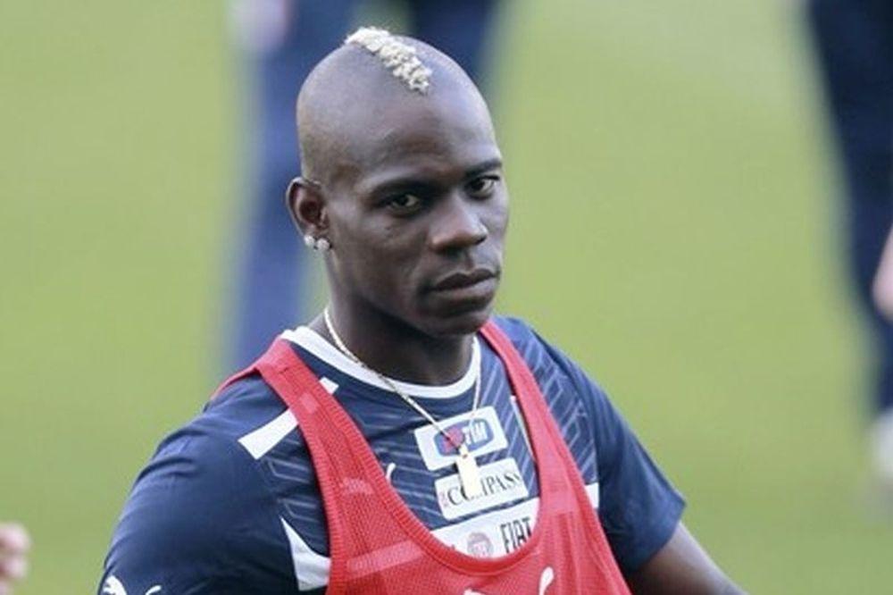 Euro 2012: Μπαλοτέλι: «Θα σκότωνα κάποιον... ρατσιστή»!
