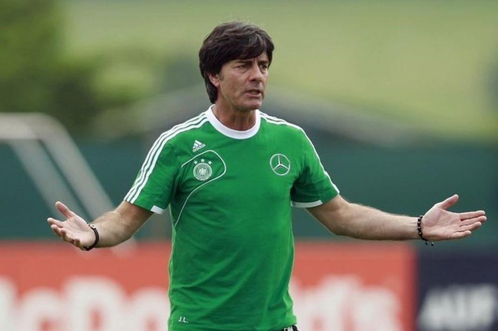 Euro 2012: Λεβ: «Θα χρειστούμε 4 για να κλείσουμε τον Ρονάλντο»