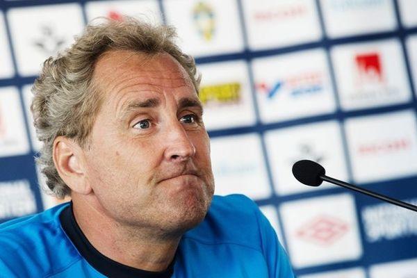 Euro 2012: «Καρφιά» Χάμρεν στη σουηδική ομοσπονδία!