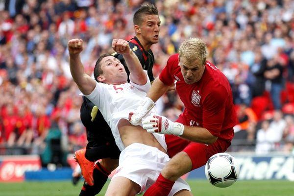 Euro 2012: Η συγγνώμη του Μέρτενς στον Κέιχιλ