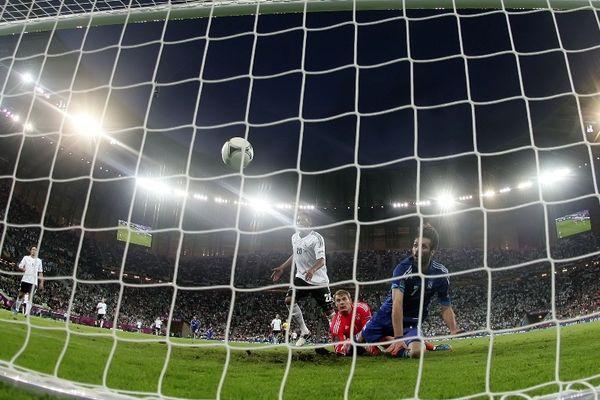 Euro 2012: Η ομορφιά ενός εξάλεπτου ονείρου…