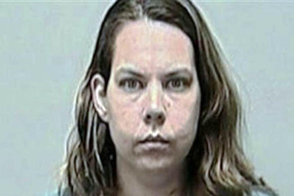 Μητέρα μαχαίρωσε την 6χρονη κόρη της την ώρα που κοιμόταν