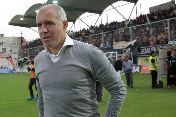 Ο coach - «Αναστοπουλ-άκης» τα΄χει… τετρακόσια! (photos)