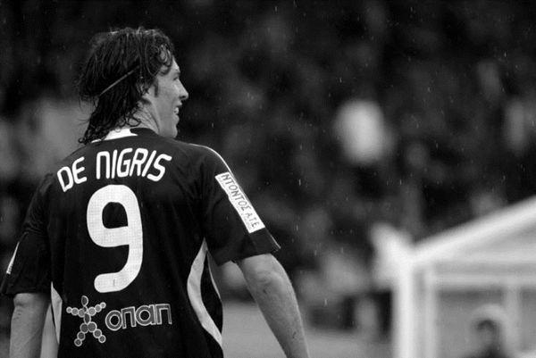 Αντόνιο Ντε Νίγκρις, σαν μακάβριο ψέμα… (photos+videos)