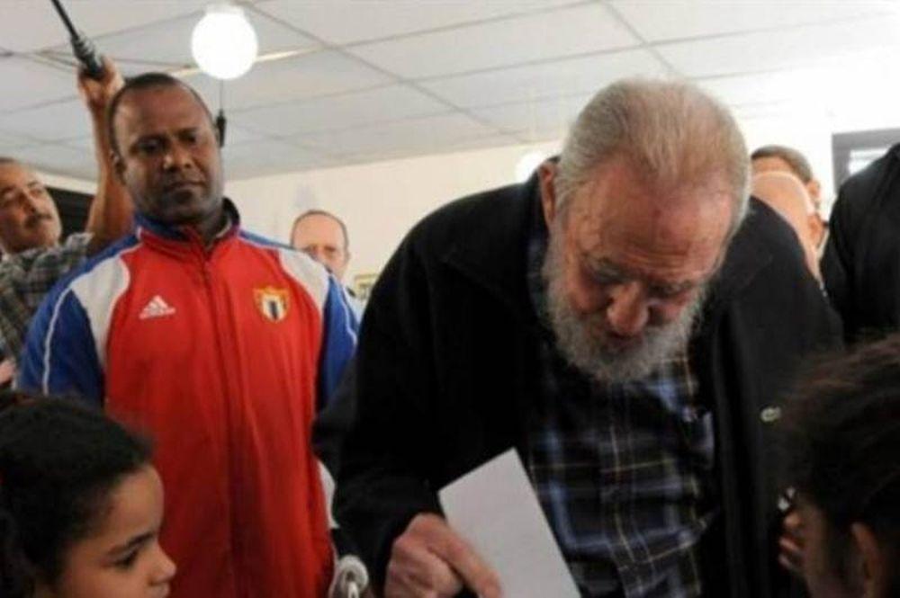 Φιντέλ Κάστρο: Ο Τσάβες είναι πολύ καλύτερα